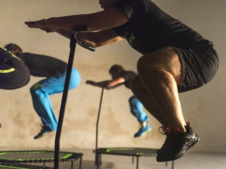 Cours-Jumping Fitness